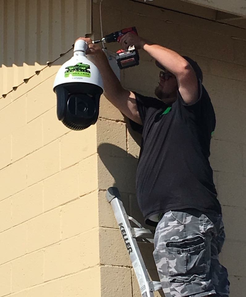 4Sight Security installing exterior camera